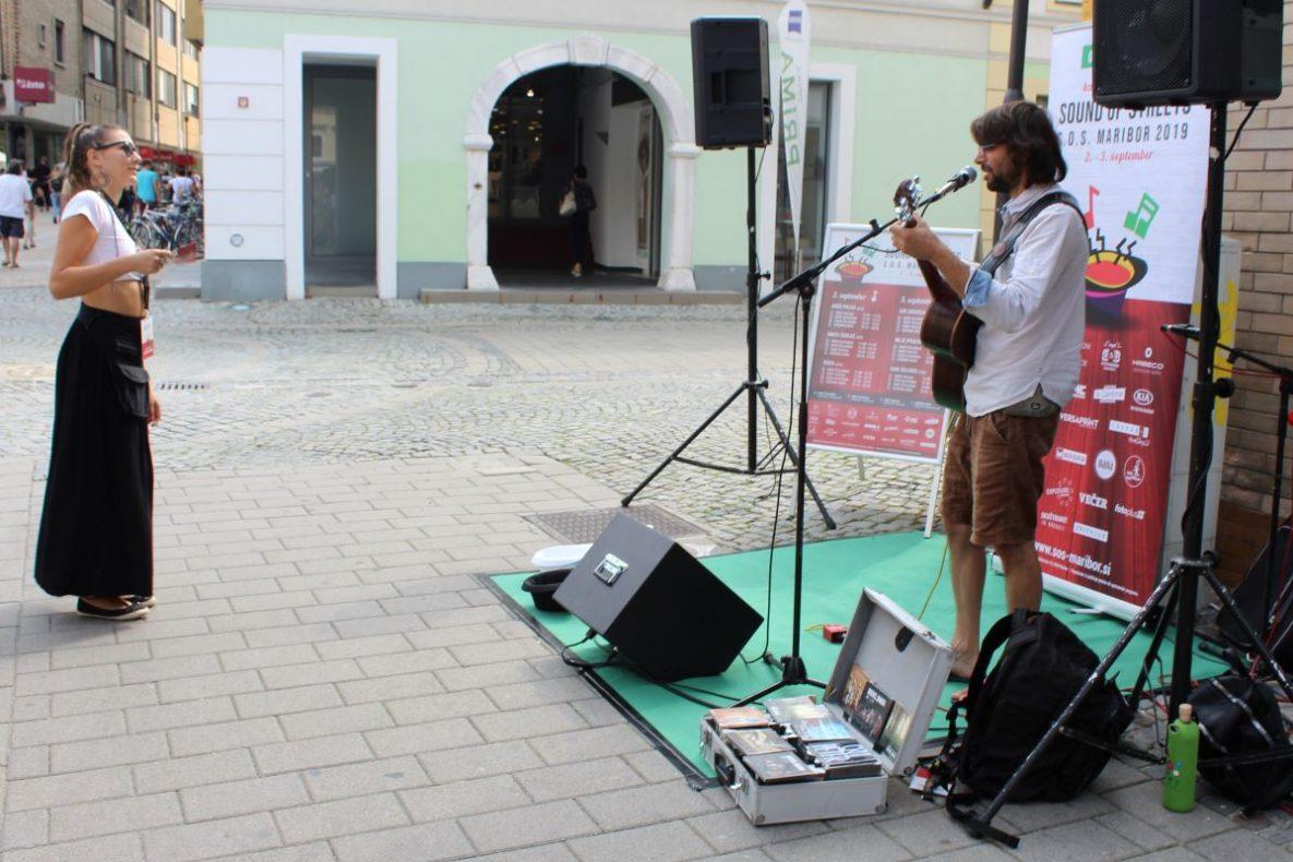 SOS, festival, glasbeniki, kantavtorji, maribor, na mariborskih ulicah, center Maribora, Vetrinjski dvor, Sound of strets